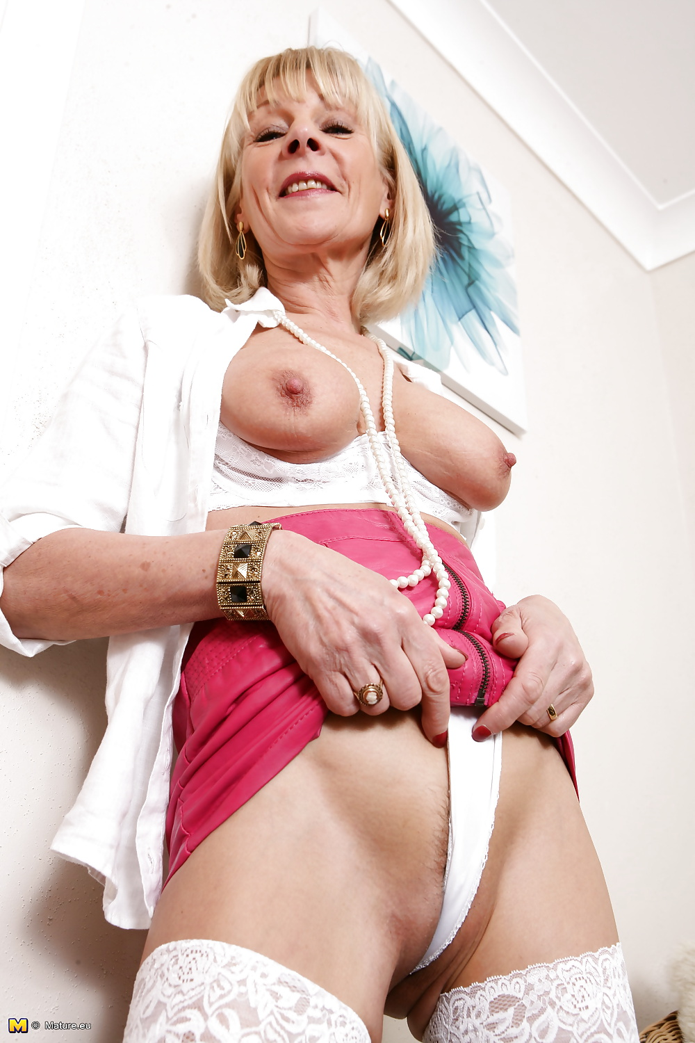 Old but still hot granny takes young cock 2